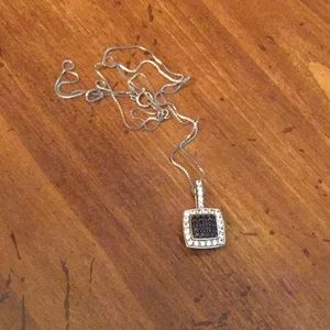 Blue sapphire square necklace